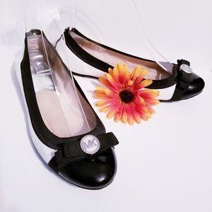 Michael Kors Dixie Captoe Ballet Leather Flat